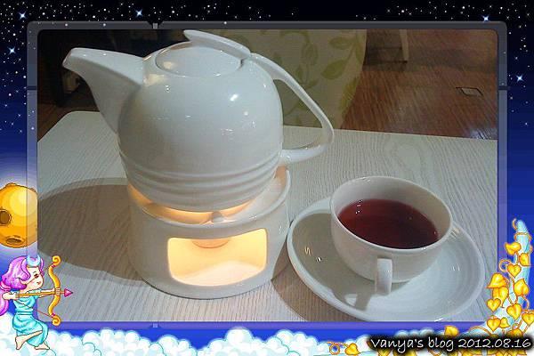高雄EMPEROR LOVE-熱,夏威夷果茶