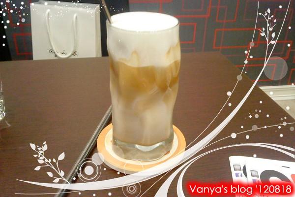 高雄脆阿尼咖啡-去冰卡布奇諾