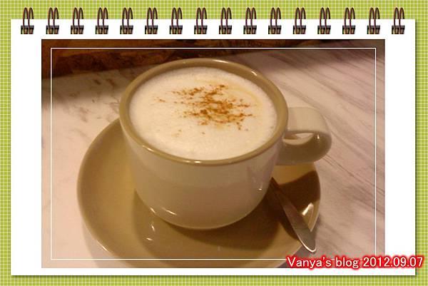 哈瑪星The cafe'-加了肉桂粉~~