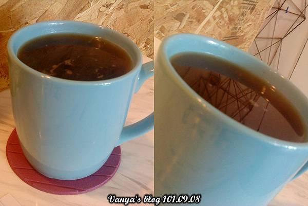 高雄The cafe'-熱美式咖啡