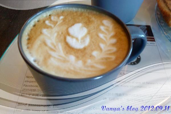 高雄咖啡林咖啡-原味熱卡布奇諾,無糖
