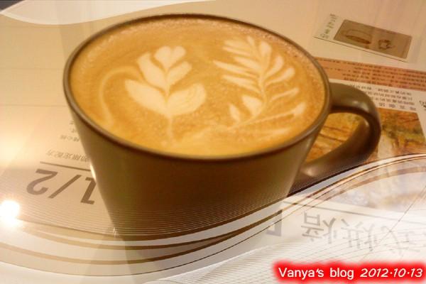 咖啡林咖啡-原味熱卡布奇諾~