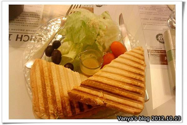 咖啡林咖啡-義式帕尼尼三明治
