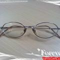 陪伴穎十幾年的眼鏡~~