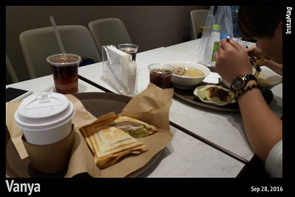 韓國釜慶-進食中
