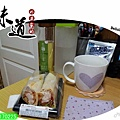 駁二-冬片烏龍茶+7-11莎莎醬雞肉蔬菜捲