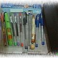 習慣於筆袋放置的文具們