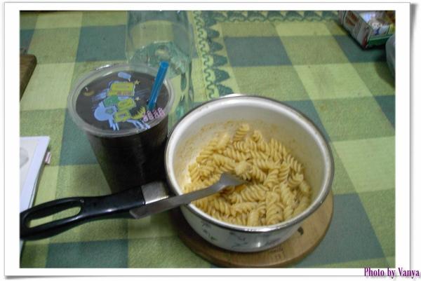 2008.10.25煮義大利麵