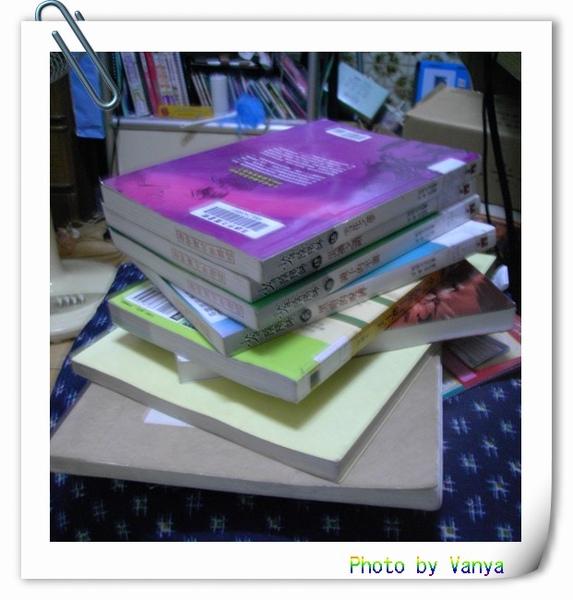 上星期於南鼓圖書館借來的書刊