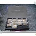 禮盒內容為鳳梨酥