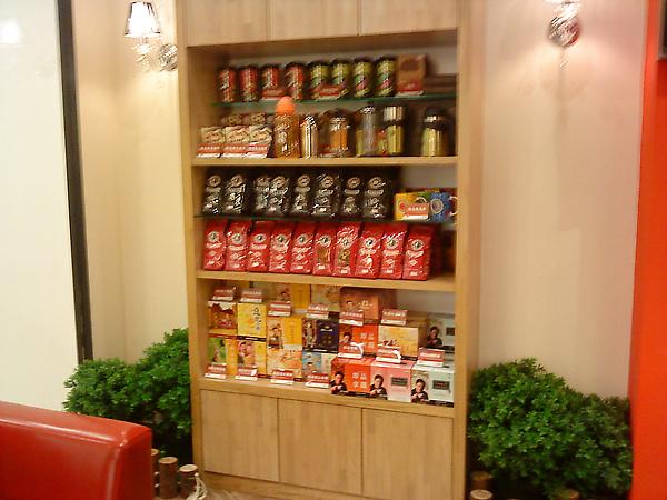 高雄漢神之西雅圖咖啡的相關商品架