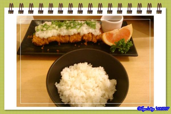 漢神巨蛋勝博殿-穎的蔥花蘿蔔泥腰肉豬排套餐,白飯軟Q