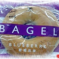 7-11 藍莓貝果,265.4大卡