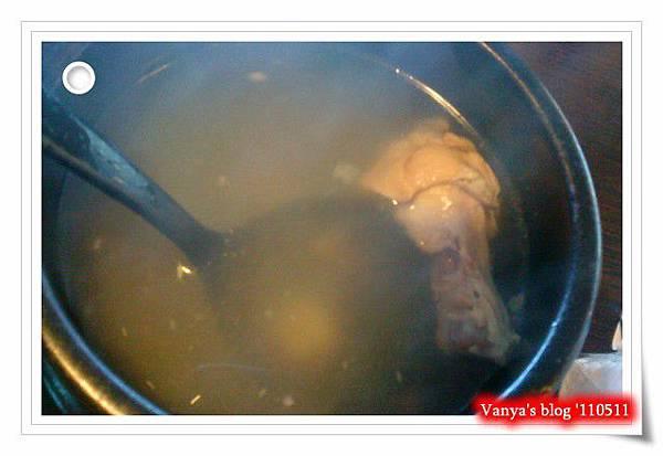 高雄夢時代之韓味煮藝-人蔘雞湯