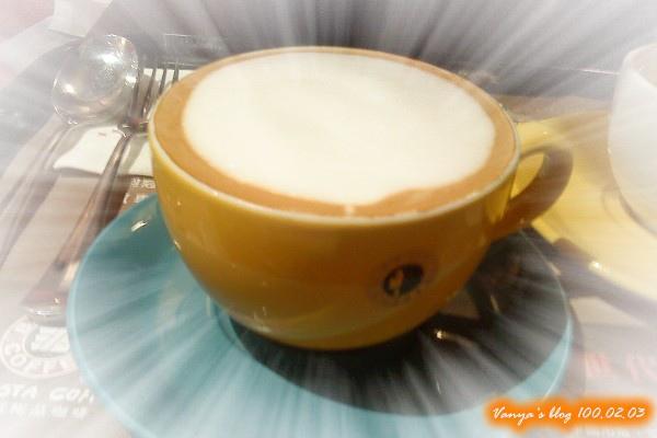 西雅圖咖啡之中杯卡布奇諾