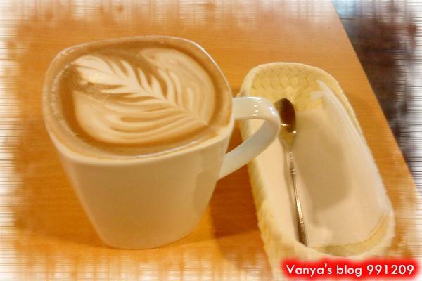 高雄大遠百 17F的黑潮咖啡-超好喝的摩卡其諾