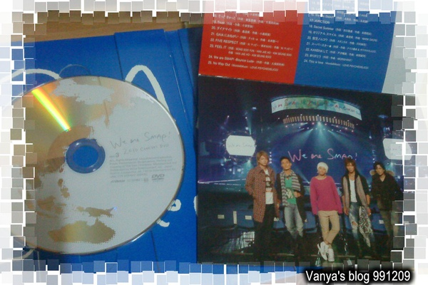 991209 發行的We are SMAP!2010 LIVE DVD -DVD與照片