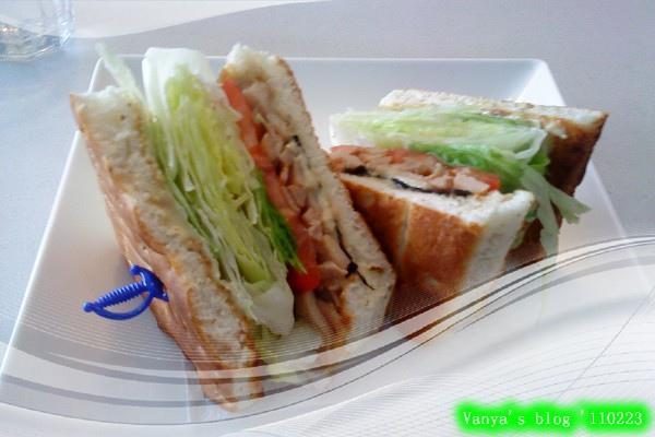 高雄always a+之佛卡夏燻雞三明治