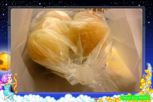 三皇三家文化店-外帶的奶油餐包