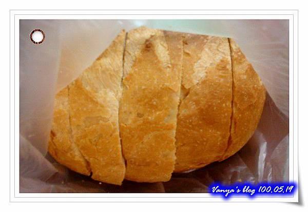DONQ的大圓形法國麵包
