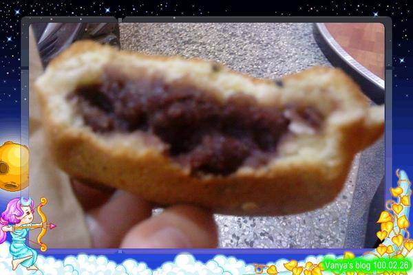 高雄漢神百貨附近的蜂蜜紅豆餅小攤,紅豆口味超好吃
