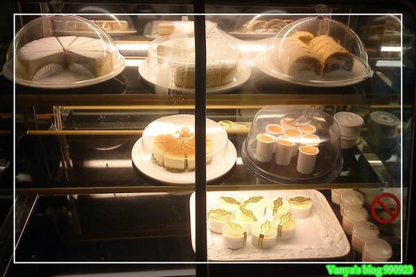 瑪琪朵朵-蛋糕冷藏區