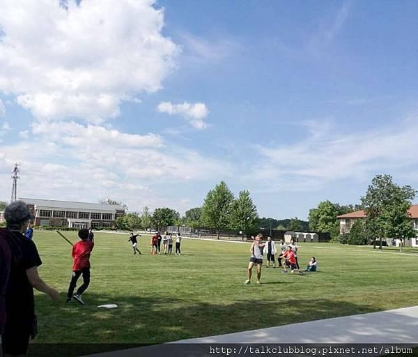 校園內的棒球運動
