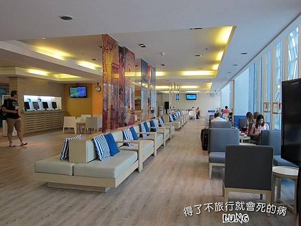 曼谷機場貴賓室 (2).JPG