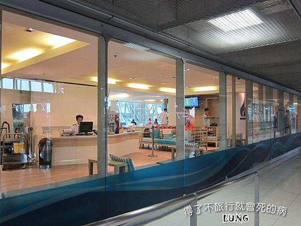 曼谷機場貴賓室 (11).JPG
