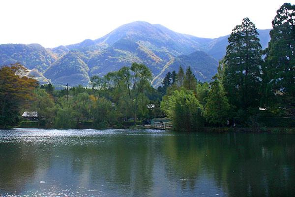 金麟湖.jpg