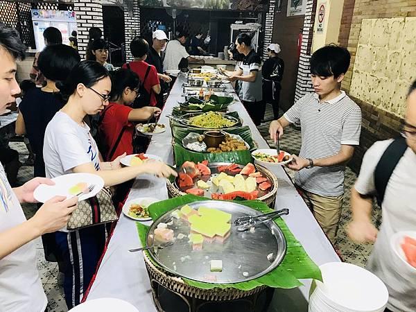 湄登大象學校-餐廳 (2).JPG