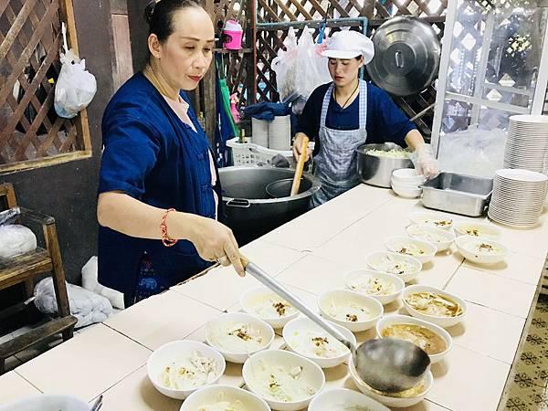 湄登大象學校-餐廳 (19).JPG