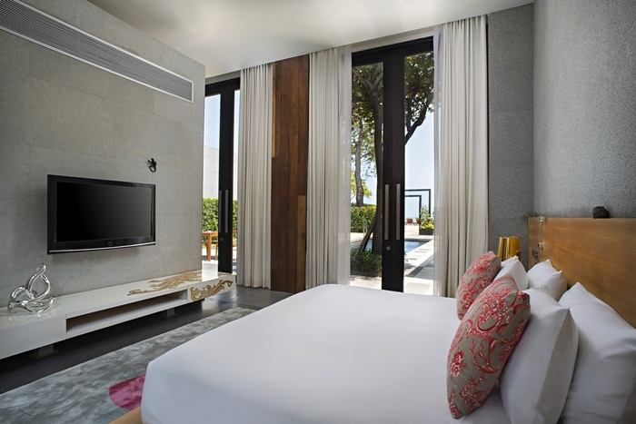 SO_Pool_Villa_in_SO_Arty_Style_Master_Bedroom_SO_Sofitel_Hua_Hin.jpg