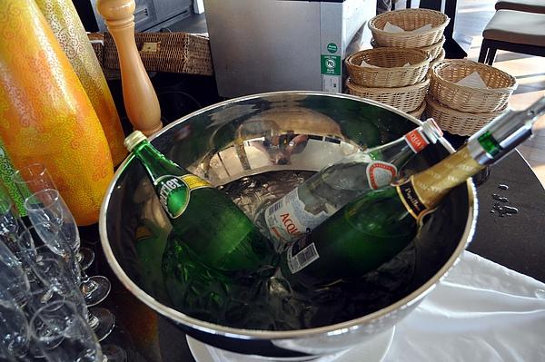 氣泡水與香檳.jpg