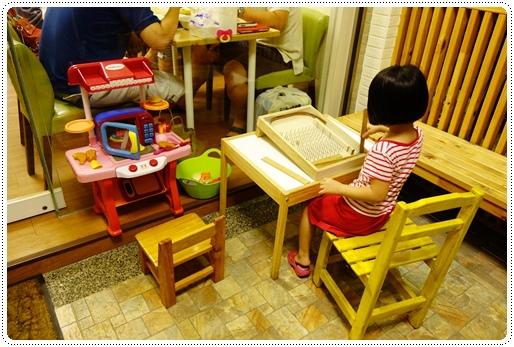啄木鳥親子餐廳 (5).JPG