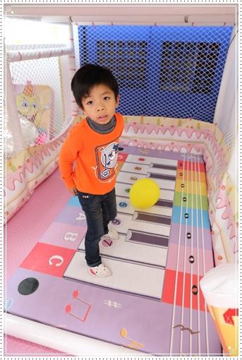 fly kids飛奇兒親子餐廳 (3).JPG