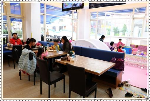 fly kids飛奇兒親子餐廳 (6).JPG