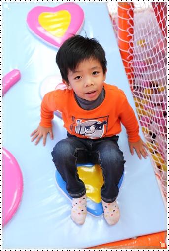 fly kids飛奇兒親子餐廳 (34).JPG