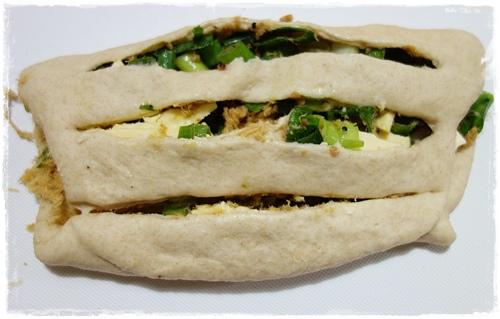 香蔥吐司 (6).JPG