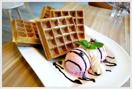 BQ Cafe (31).JPG