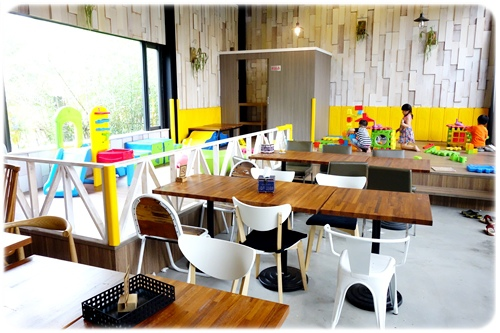 space cafe (13).JPG