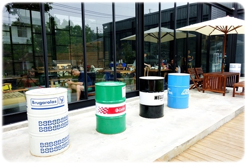 space cafe (16).JPG