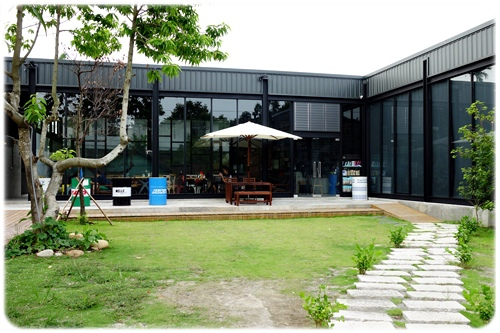space cafe (19).JPG