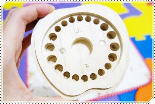 日本木質乳牙保存盒 (10).JPG