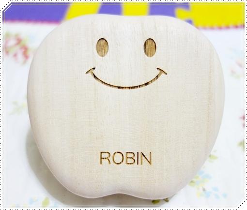 日本木質乳牙保存盒 (12).JPG