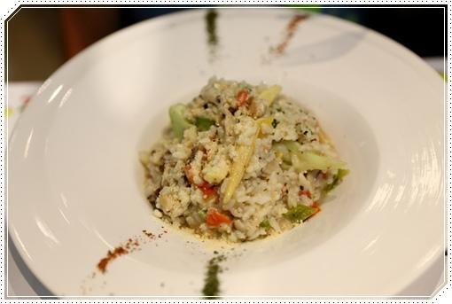 卡樂蔬食親子餐廳 (8).JPG