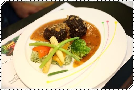 卡樂蔬食親子餐廳 (10).JPG