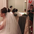 新娘房等待中