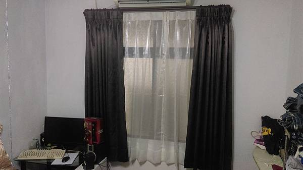 汐止區遮光窗簾及窗紗訂做安裝.jpg