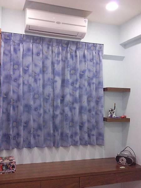壁簾天窗簾店提供汐止區雙開三明治遮光窗簾訂做安裝1.jpg